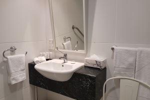 The Bathroom in the Hamilton Studio.