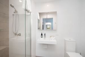 The Ensuite Bathroom of Horizon Two Bedroom Apartment B1008.