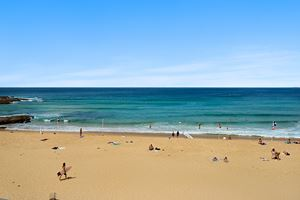 Newcastle Beach is on the doorstep of the York 2 Bedroom Apartment on Newcastle Beach.